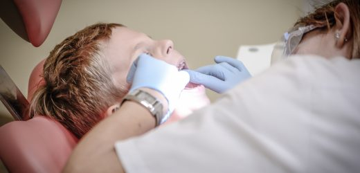 Is Your Tot Afraid of the Dentist? 5 Tips!